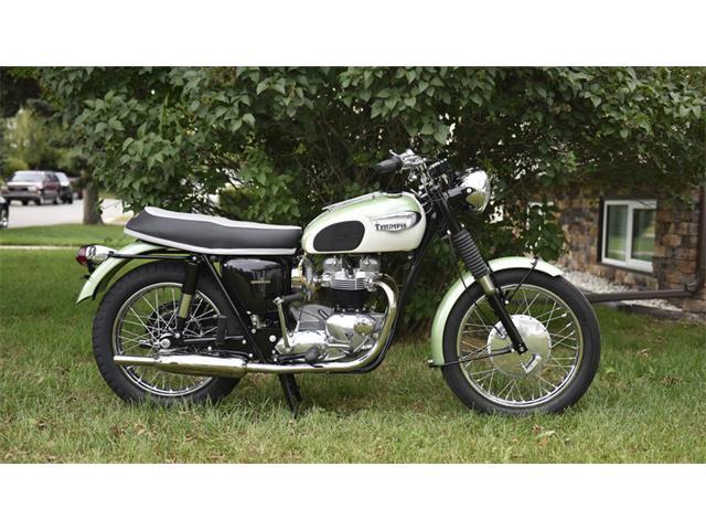 1967 Triumph TR6   881547