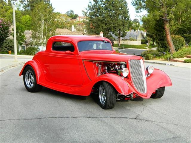 1934 Ford Custom | 881591