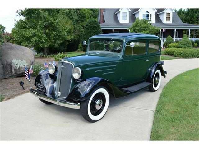 1935 Chevrolet Sedan | 881618