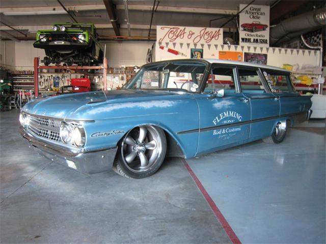 1961 Ford Country Sedan   881624