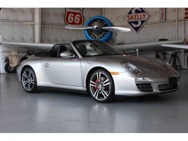 2011 Porsche 911 | 881663
