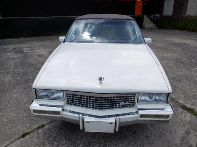 1989 Cadillac DeVille | 881735