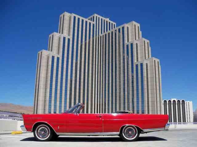 1965 Ford Galaxie | 881771