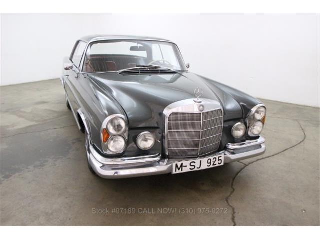 1965 Mercedes-Benz 250SE | 881786