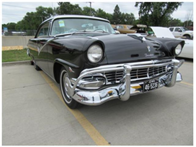1956 Ford Fairlane | 881834