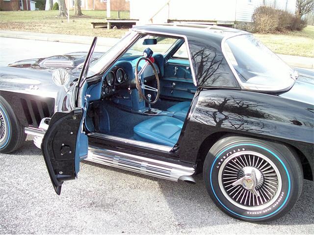 1965 Chevrolet Corvette | 881879