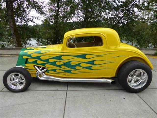 1935 Ford Custom | 881912
