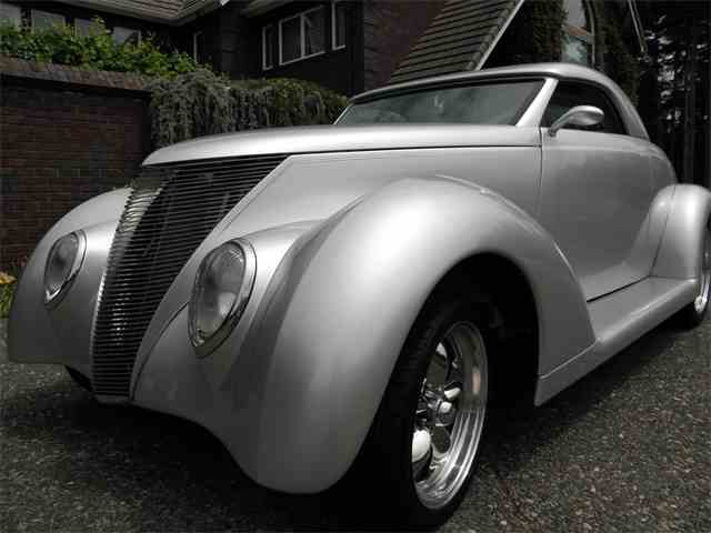 1937 Ford Roadster | 881925