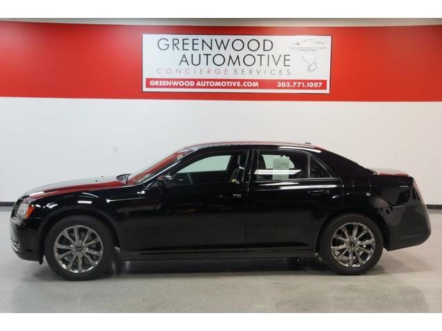 2014 Chrysler 300 | 881969