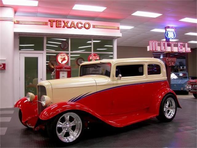 1932 Ford Victoria | 881987