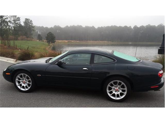 2002 Jaguar XKR | 882054