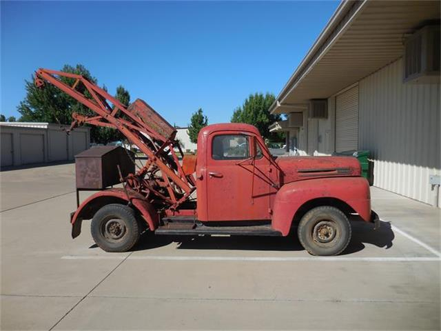 1948 Ford F2 | 882499