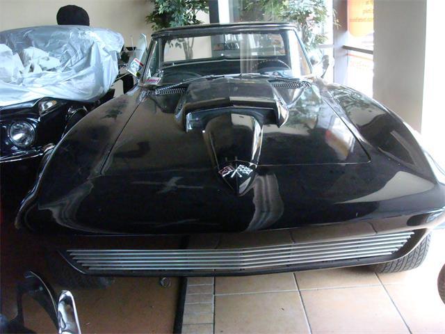 1965 Chevrolet Corvette | 882990