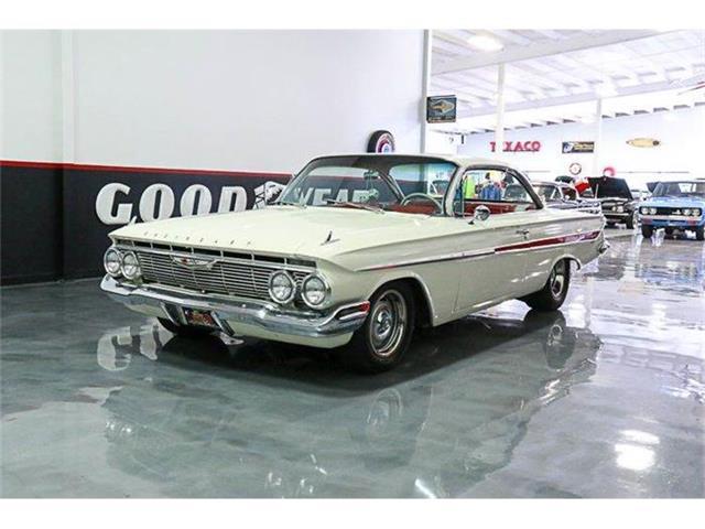 1961 Chevrolet Impala | 883425