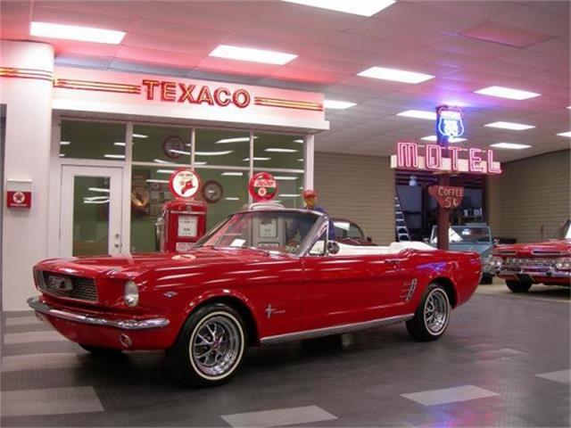1966 Ford Mustang | 883869