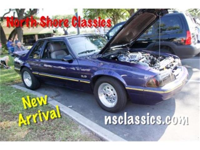 1990 Ford Mustang | 883923