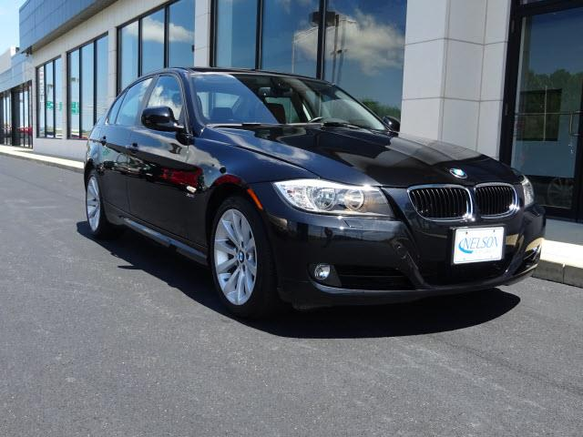 2011 BMW 3 Series | 884203