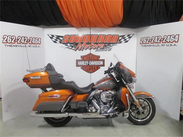 2015 Harley-Davidson® FLHTCU - Electra Glide® Ultra Classic®   884262