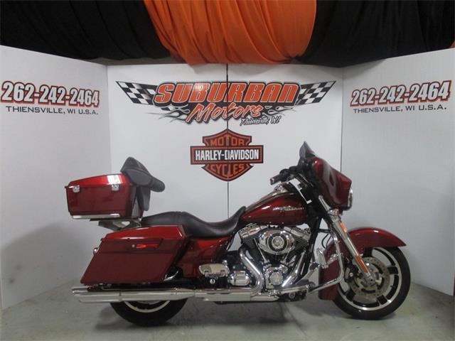 2010 Harley-Davidson® FLHX - Street Glide® | 884265