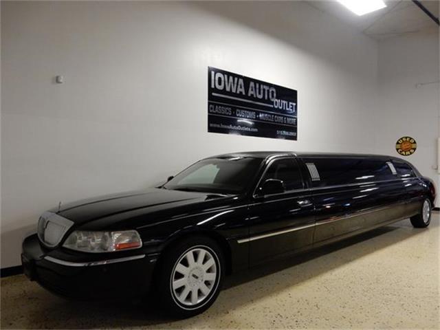 2005 Lincoln Limousine | 884278