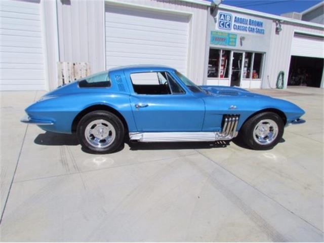 1964 Chevrolet Corvette | 884284