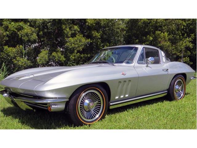 1965 Chevrolet Corvette | 884300
