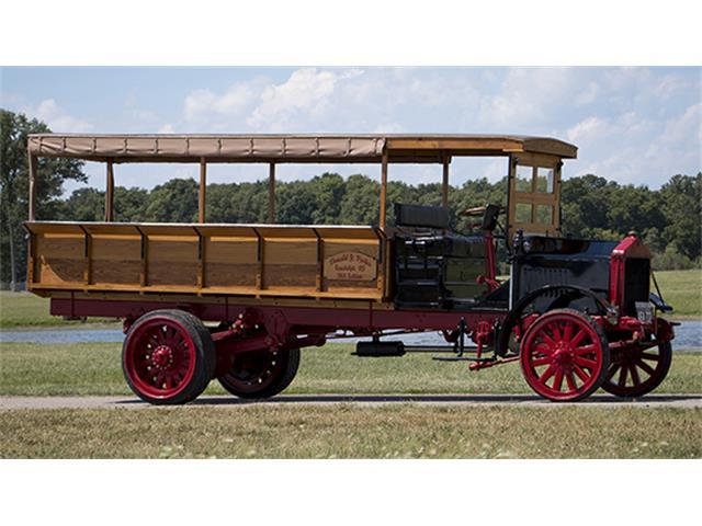 1918 Selden Canopied Express Truck | 884305