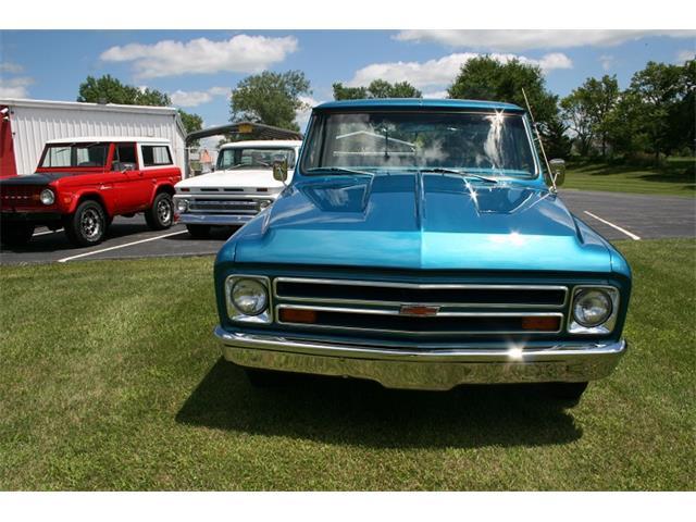 1968 Chevrolet C/K 10 | 884350
