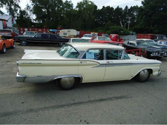 1959 Ford Fairlane 500 | 884384