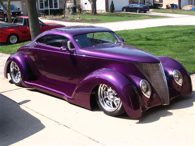 1937 Ford 5-Window Coupe | 884521