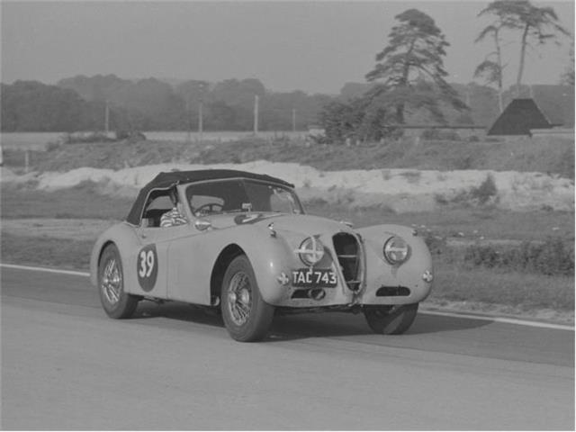 1955 Jaguar XK140 Competition Drophead | 880461