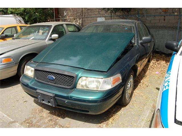 2000 Ford Crown Victoria | 884887