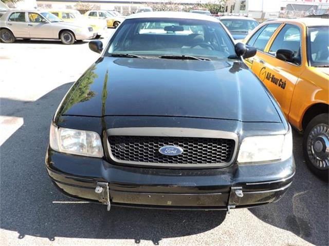 2001 Ford Crown Victoria | 884894