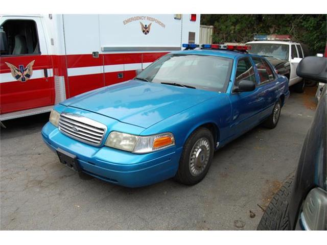 2001 Ford Crown Victoria | 884904
