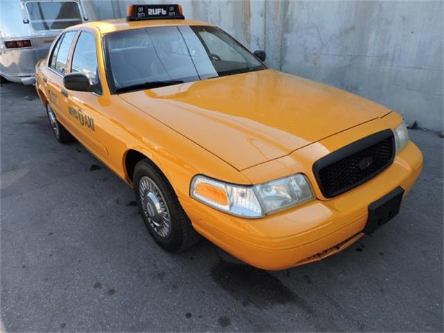 2000 Ford Crown Victoria | 884907