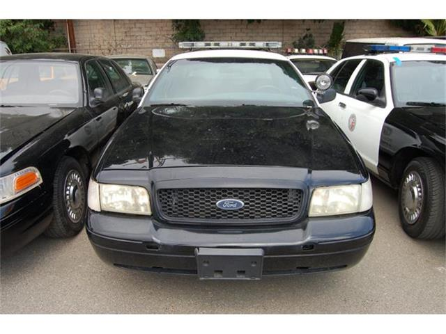 2000 Ford Crown Victoria | 884912