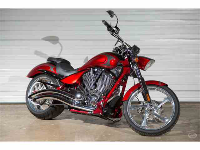 Classic victory vegas for sale on for Victory motors big bob