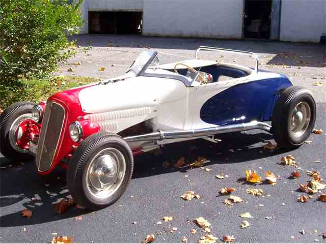 1929 Ford Roadster | 885033