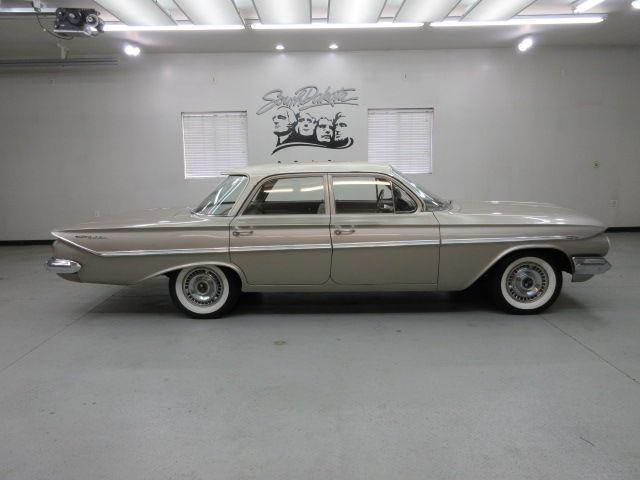 1961 Chevrolet Bel Air | 880510