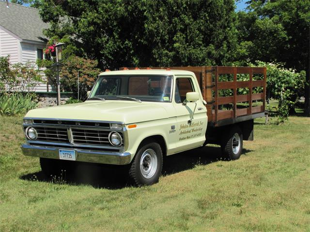 1974 Ford F350 | 885185