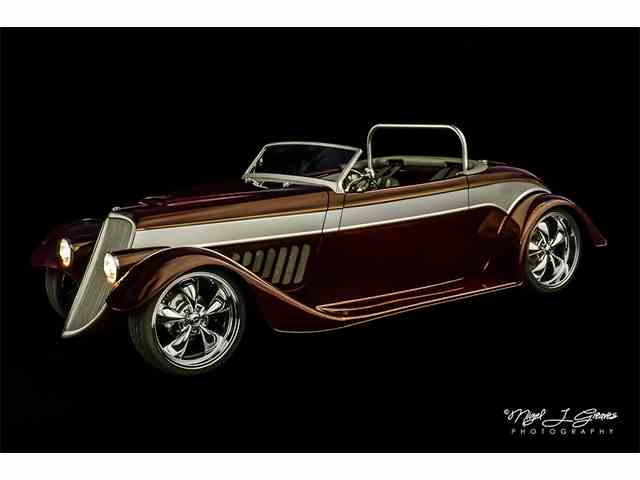 1933 Ford Roadster | 885211