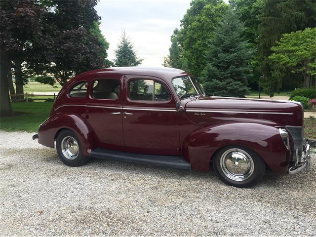 1940 Ford Deluxe | 885228