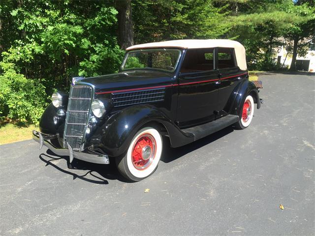 1935 Ford Model 48 Convertible Sedan | 885253