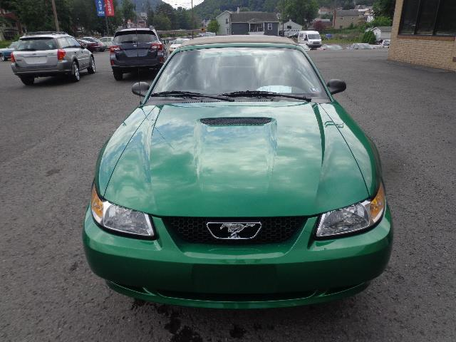 1999 Ford Mustang GT | 885268