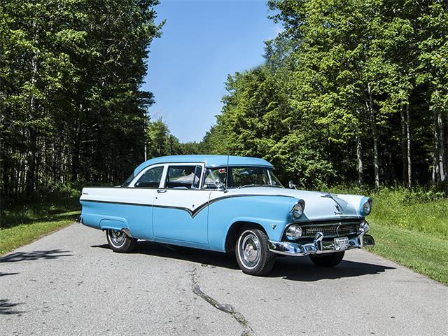 1955 Ford Fairlane | 885282
