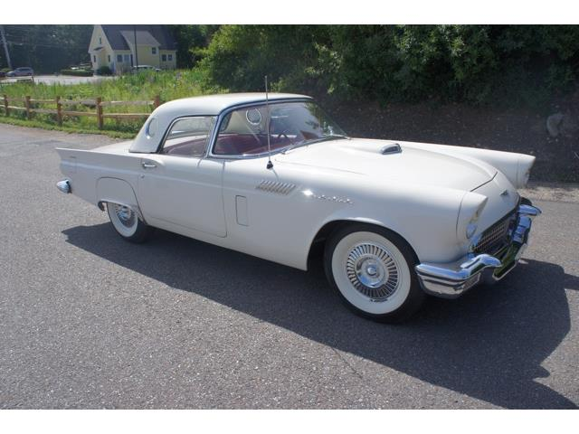 1957 Ford Thunderbird Roadster/ Convertible | 885304