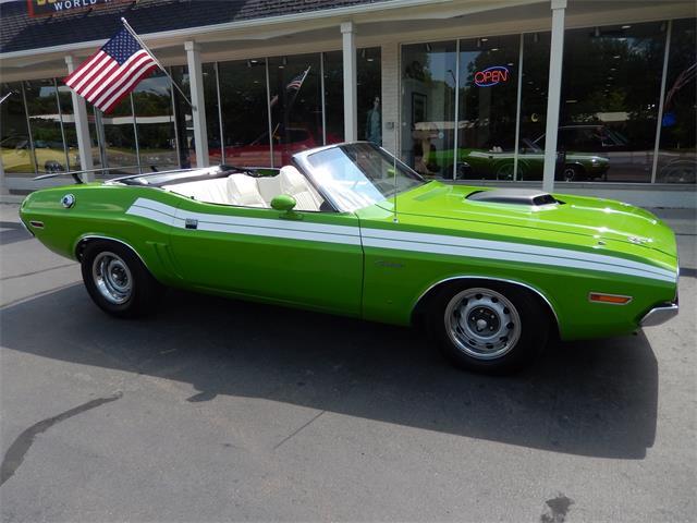 1971 Dodge Challenger | 885308