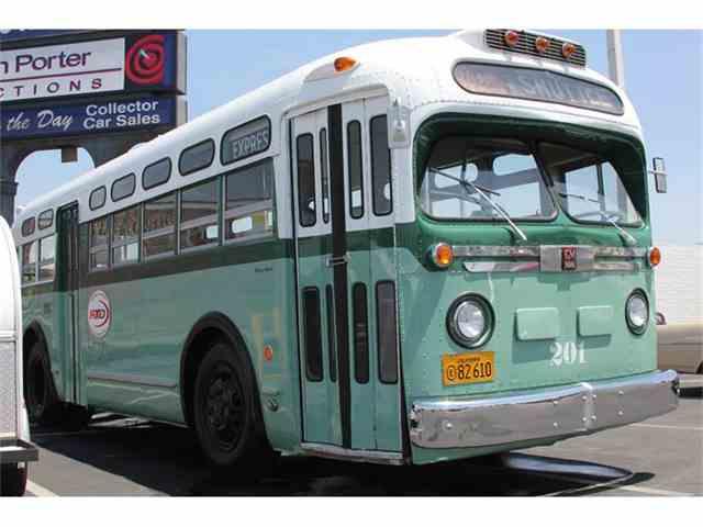 1948 GMC Bus | 885311