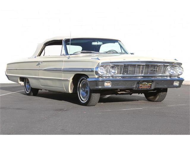 1964 Ford Galaxie 500 | 885320