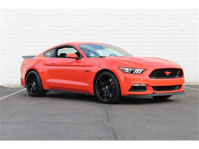 2015 Ford Mustang GT | 885348